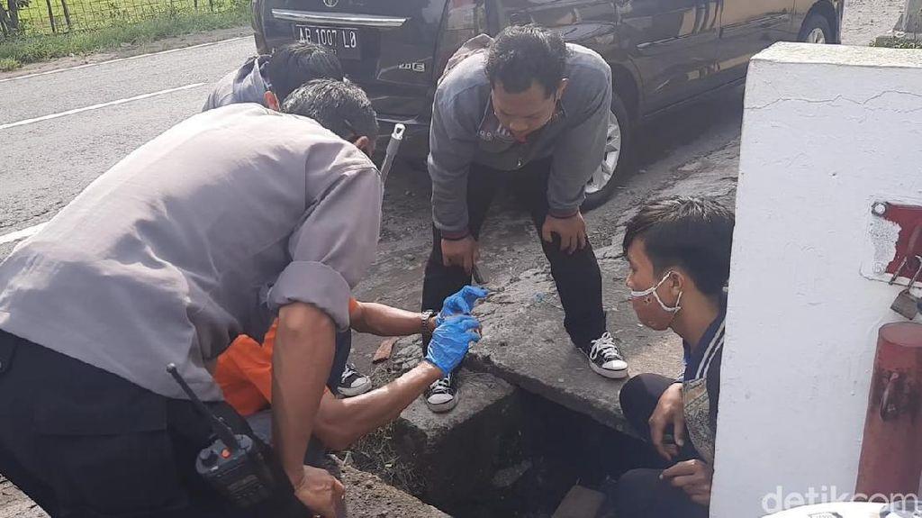 Karyawati Minimarket di Karanganyar Ditemukan Bersimbah Darah, Polisi Cek CCTV