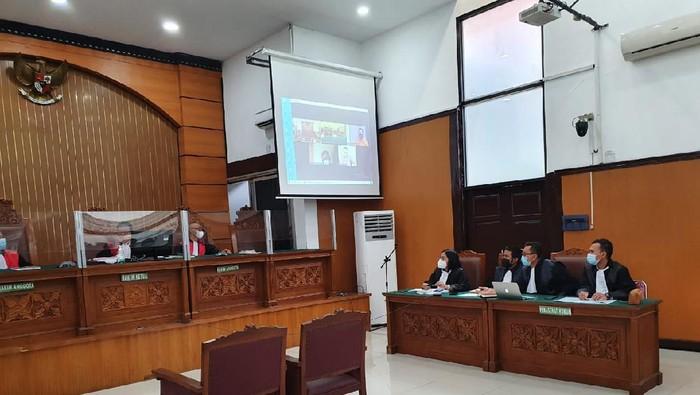 Sidang dakwaan petinggi KAMI, Jumhur Hidayat di PN Jaksel