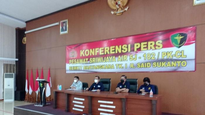 Tim DVI Polri Sampaikan Hasil Identifikasi Korban SJ182