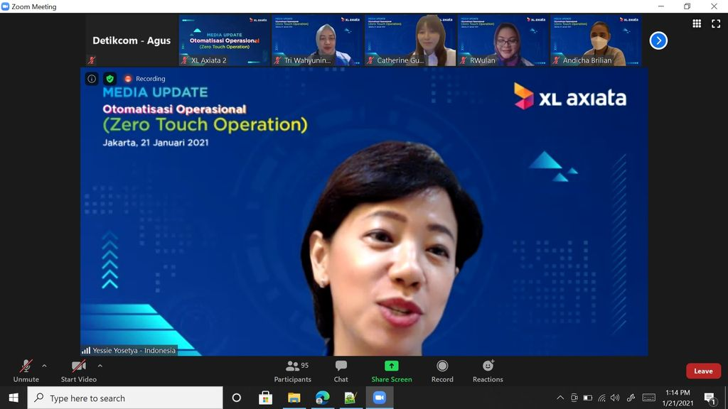 Direktur & Chief Information-Digitalization Officer XL Axiata, Yessie D Yosetya
