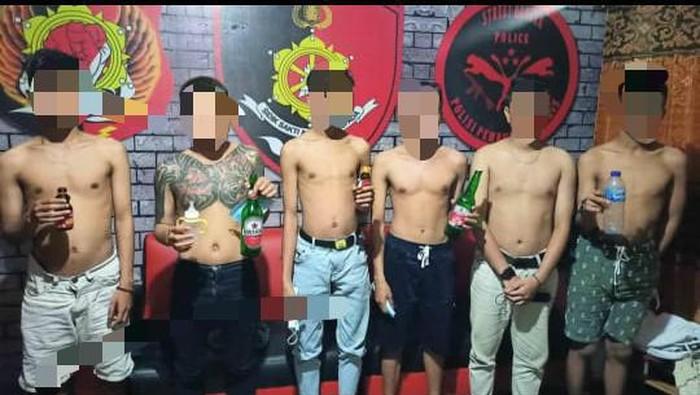 6 Pria di Gorontalo diamankan terkait bayi 4 bulan dicekoki miras (dok. Istimewa).