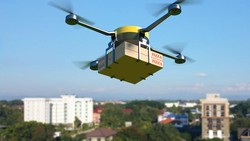 Keren! Pizza Hut Uji Coba Pengiriman Pizza Pakai Drone
