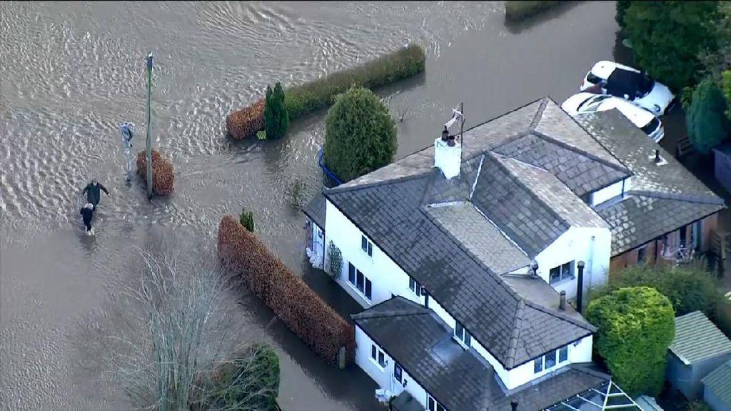 Kota di Inggris Kebanjiran Parah