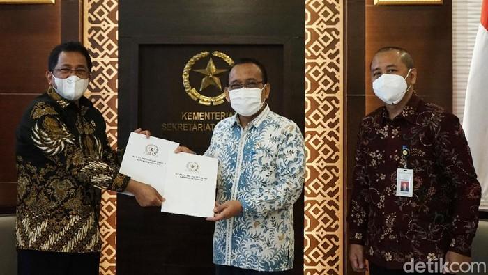 Mensesneg Terima Surat Persetujuan dari DPR Terkait Kapolri