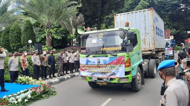 Polda Metro Jaya kirim bantuan untuk korban bencana alam Sulbar dan Kalsel