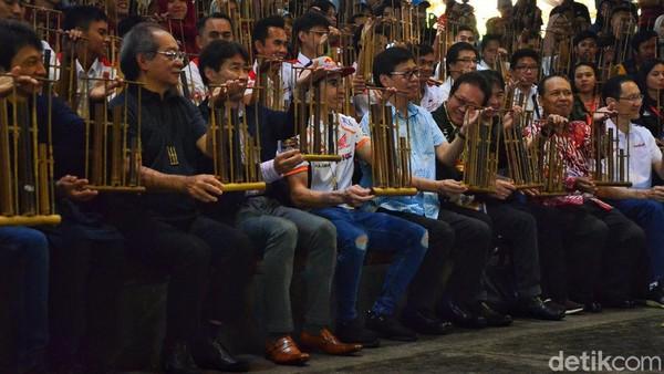 Sebelum pandemi COVID-19, Saung Angklung Udjo merupakan sanggar sekaligus laboratorium instrumen musik dari bambu yang menyenangkan. Satria Nandha/detikcom.