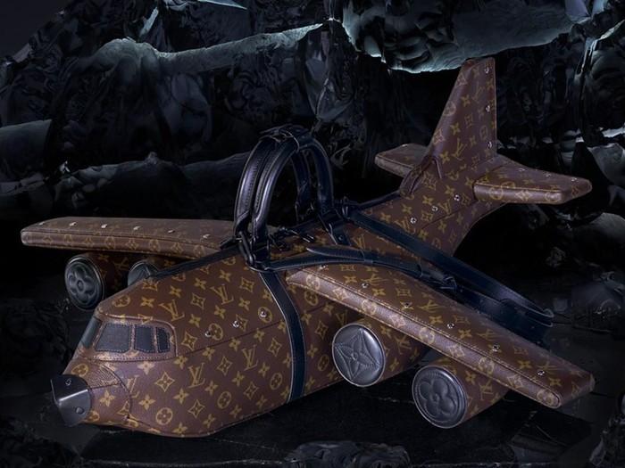 Tas Pesawat Louis Vuitton