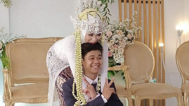 Adik Olga Syahputra nikah