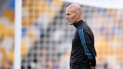 Zinedine Zidane Membisu