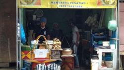 5 Gang Sempit yang Populer Karena Dipenuhi Penjual Makanan Enak