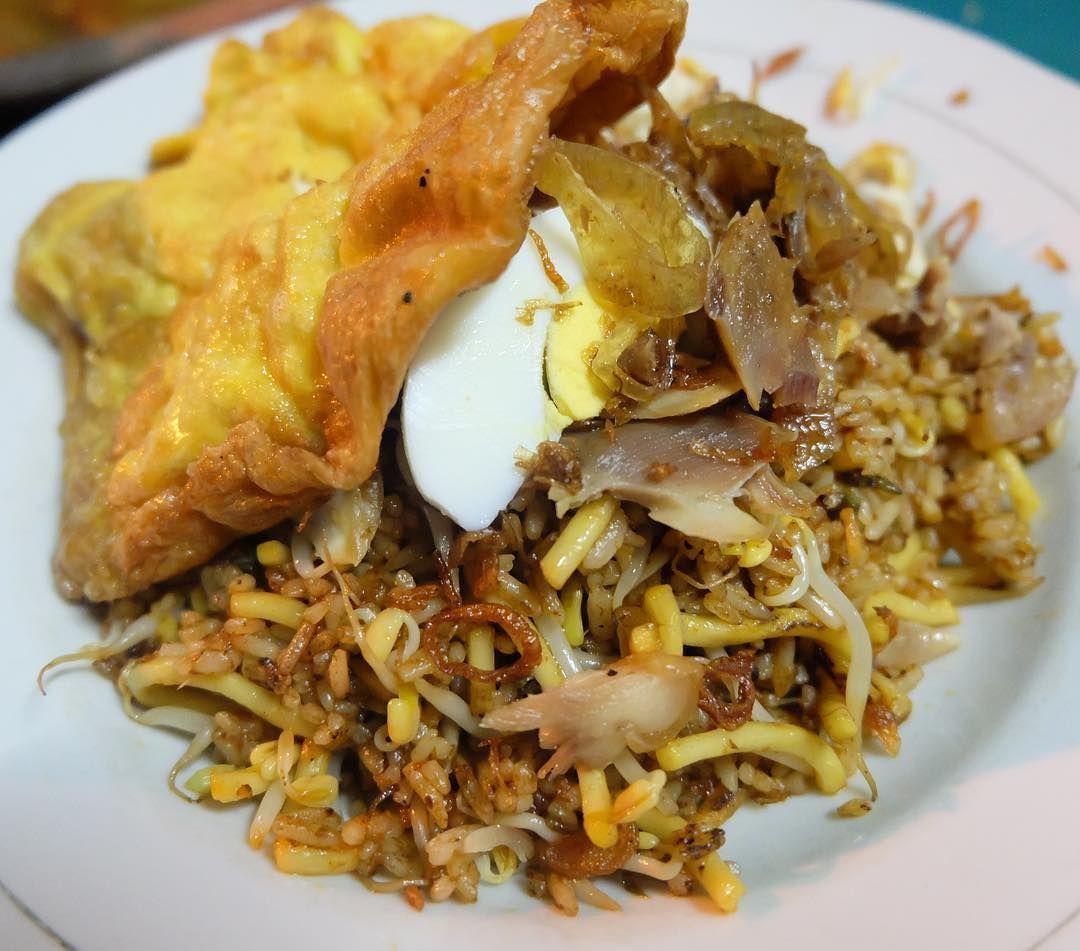 Di Surabaya Wajib Jajan Mie Kluntung hingga Sego Tongkol
