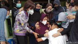 2 Jenazah Penumpang Sriwijaya Air SJ182 Disambut Tangis Keluarga di Kediri