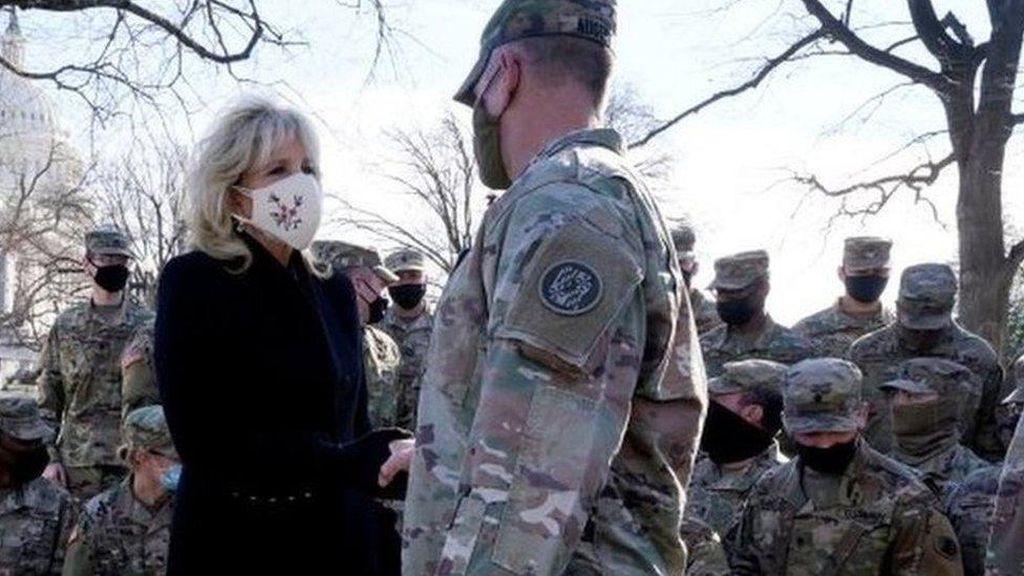 Tentara Garda Nasional Telantar Usai Pelantikan Presiden AS, Biden Minta Maaf