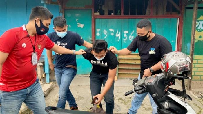 Polres Jakbar tangkap kurir sabu di Pademangan, Jakut