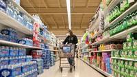 Supermarket Ini Bayar Pegawainya yang Mau Divaksin Covid-19