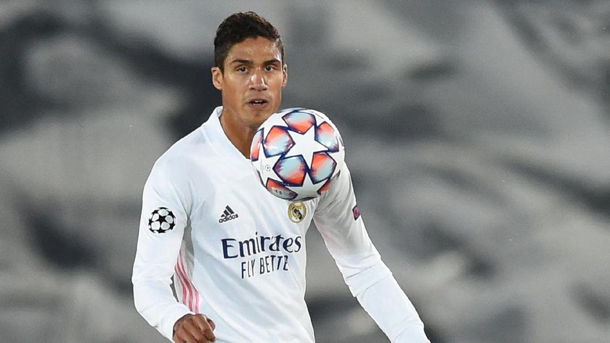 Alaba Berharap Bisa Tetap Bermain Bareng Varane di Madrid