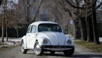 VW Kodok Ini Tahan Peluru dan Ledakan
