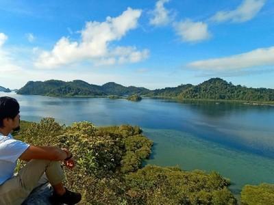 Pesona Mandeh, Wisata Bahari Populer di Sumatera Barat