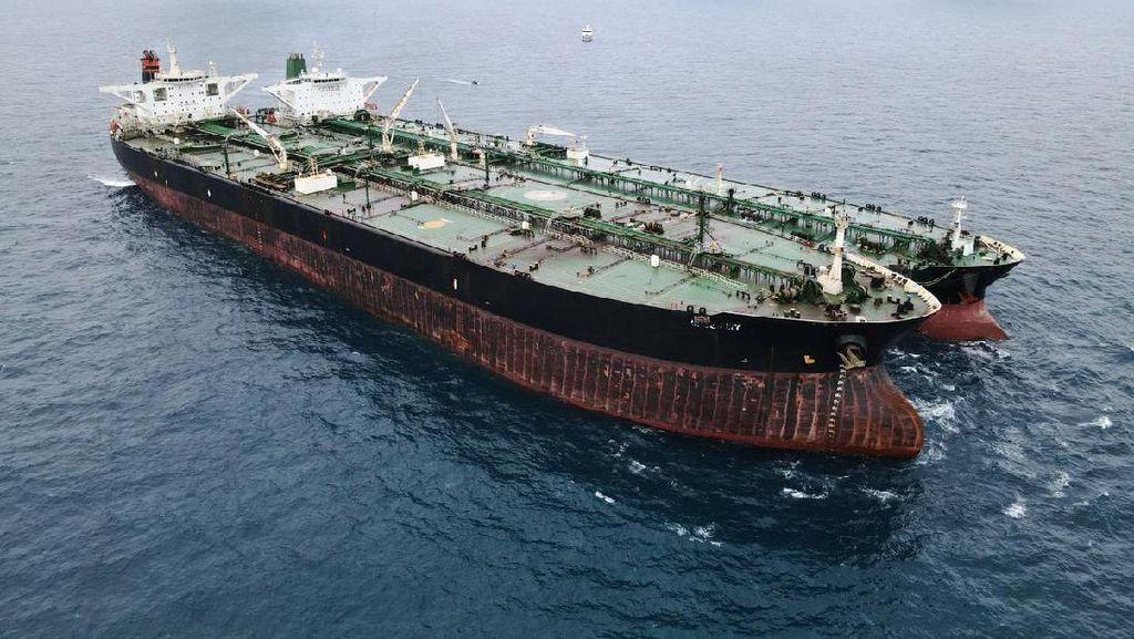 Bakamla Amankan 2 Kapal Tanker Asing di Perairan Pontianak