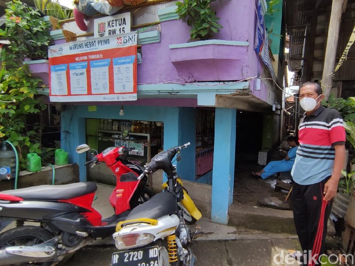 Rumah-rumah pendek di kampung Tambaklorok Kota Semarang, Minggu (24/1/2021).