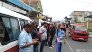 Sejumlah Sopir Angkot di Garut Sweeping Pengamen yang Palak Rekannya