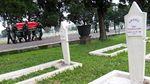 Suasana Haru Iringi Pemakaman Praka Anumerta Roy Vebrianto