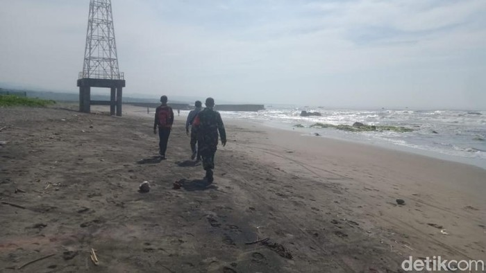 Wisatawan pantai Jayanti Cianjur tenggelam akibat terseret ombak