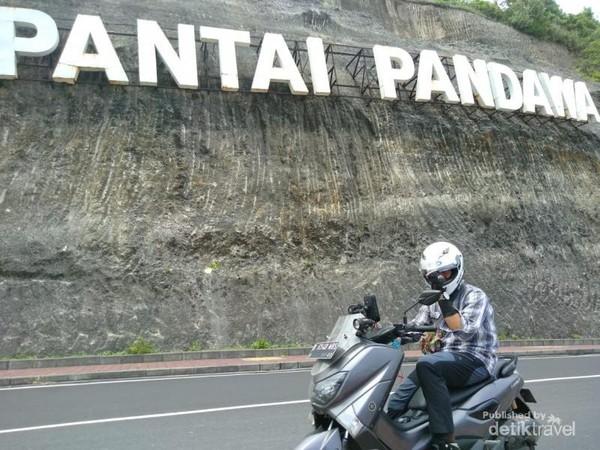 Spot foto di Bali yang hits oleh pemotor