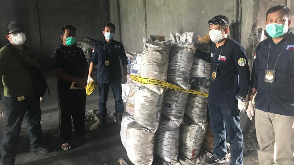 Olah Limbah B3 Tanpa Izin, 4 Perusahaan Aluminium di Jombang Disegel KLHK