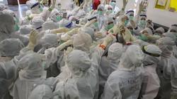 Dua pekan pertama sebagai Menteri Kesehatan, Budi Gunadi Sadikin setidaknya melakukan lima terobosan berarti terkait penanganan Corona dan program vaksinasi.