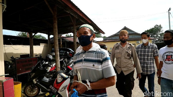 Andi Sose (48) pelaku penikaman anggota BPD desa di Bone Sulsel (Zulkipli/detikcom).