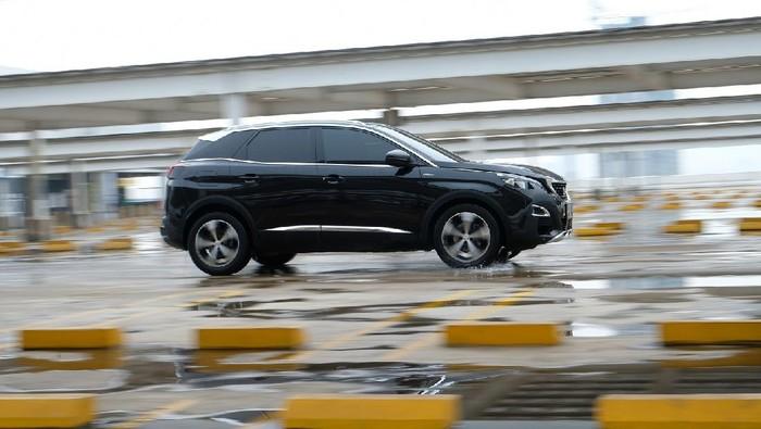 Astra Peugeot