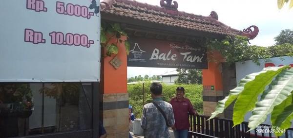 Selamat datang di Bale Tani, wisata agro-milenial yang ada di Jombang
