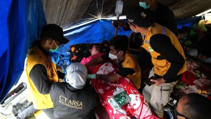 CT ARSA Foundation sediakan layanan kesehatan serta dukungan psikosial gratis bagi para korban gempa di Sulawesi Barat.