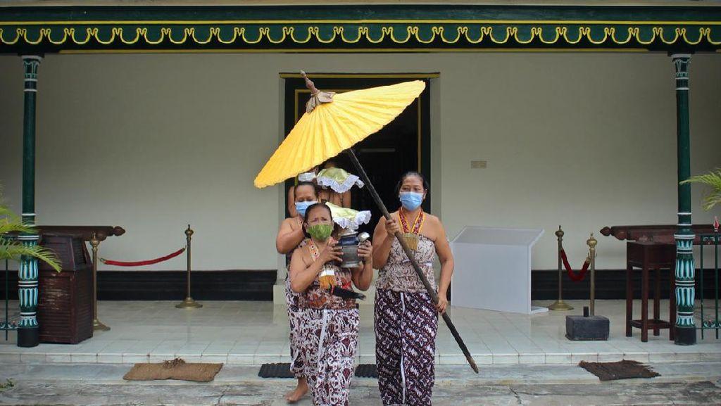 Angkat Tema Harsa, Unit Fotografi UGM Gelar Pameran Foto Virtual