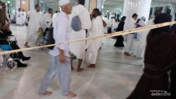 Suasana di Masjidil Haram