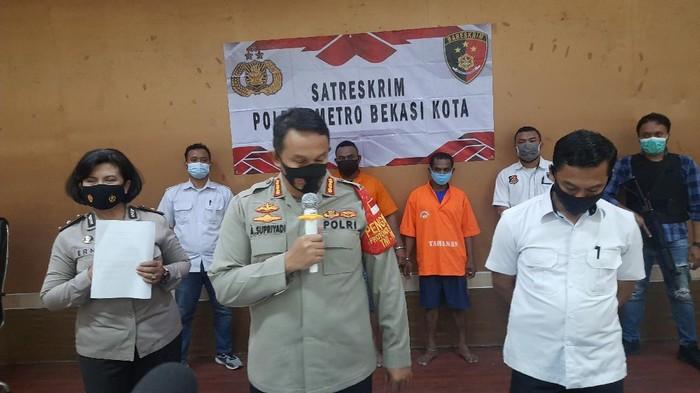 Kapolres Metro Bekasi Kota, Kombes Pol Aloysius Supriyadi saat jumpa pers soal bentrokan ormas (Foto: Fathan/detikcom)