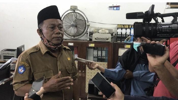 Kepala SMK Negeri 2 Padang, Rusmadi (Jeka-detikcom)