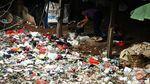 Ini Tumpukan Sampah yang Bikin Resah Warga Bekasi