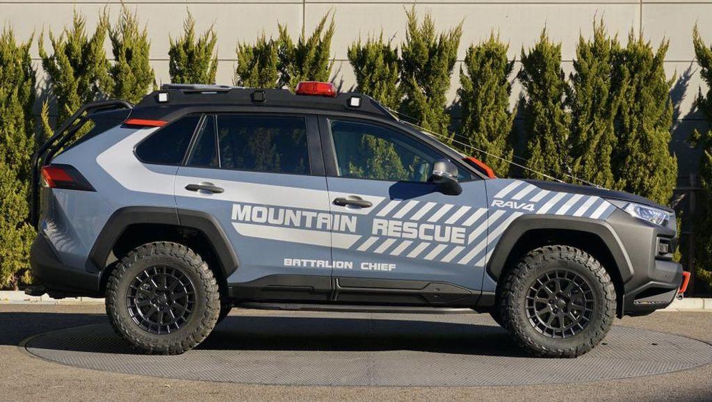 Potret Toyota RAV4 yang Disulap Jadi Mobil Gunung