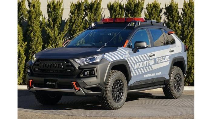 Modifikasi Toyota RAV4 jadi mobil rescue
