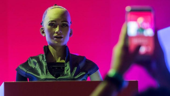 Sophia on stage at the RISE Technology conference in Hong Kong. Credit: ISAAC LAWRENCE/AFP/AFP/Getty Images