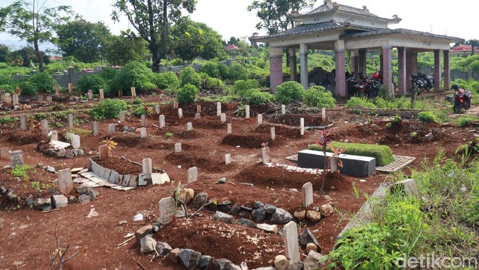 TPU Cikadut, pemakaman khusus pasien covid-19