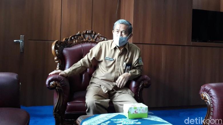 Wakil Bupati Kabupaten Gunungkidul Immawan Wahyudi saat memberikan keterangan.