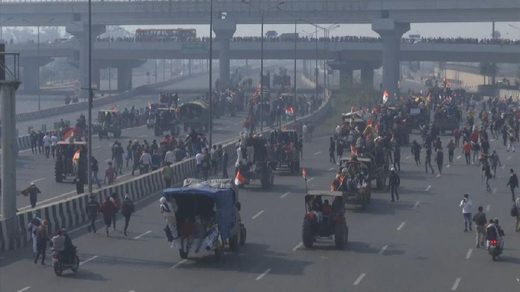 Bawa Traktor, Petani di India Gelar Aksi Protes
