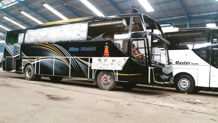 Bus Mas Wahid yang dibangun dari armada bekas PO Haryanto