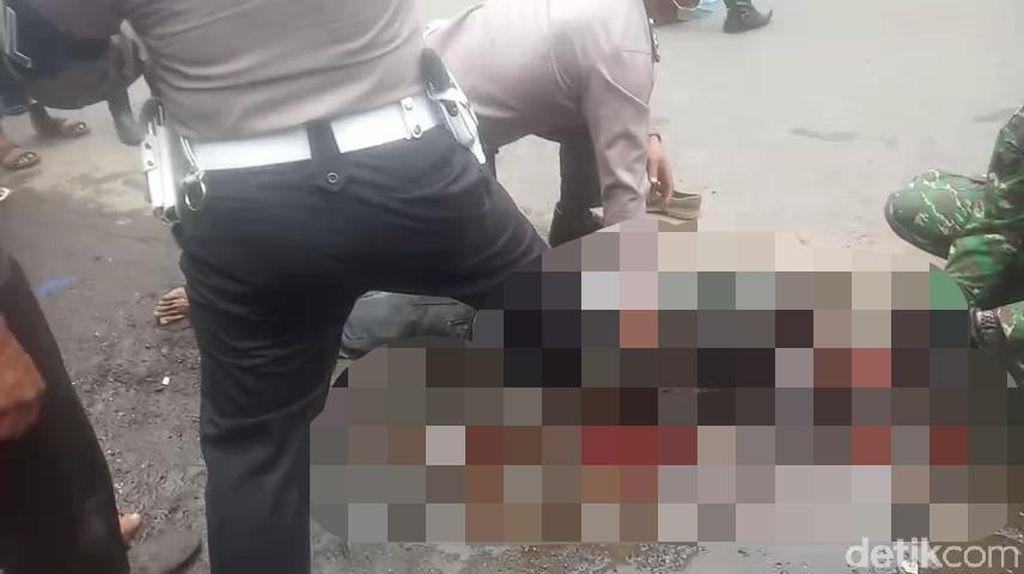 Kakak Bunuh Adik Kandung dengan Cangkul Dikirim ke RS Jiwa Lawang