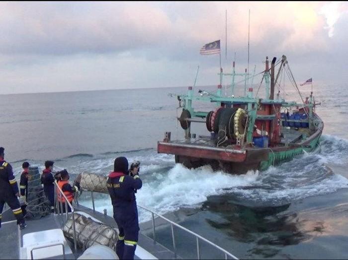 KKP mengamankan pelaku penangkapan ikan ilegal di Selat Malaka (ANTARA/HO-KKP)
