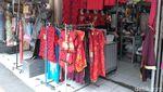 Penampakan Toko Pernak-pernik Imlek di Pasar Gede Solo Saat Pandemi
