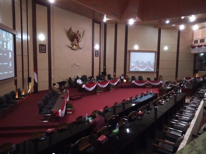Rapat paripurna di DPRD Medan (Datuk-detikcom)